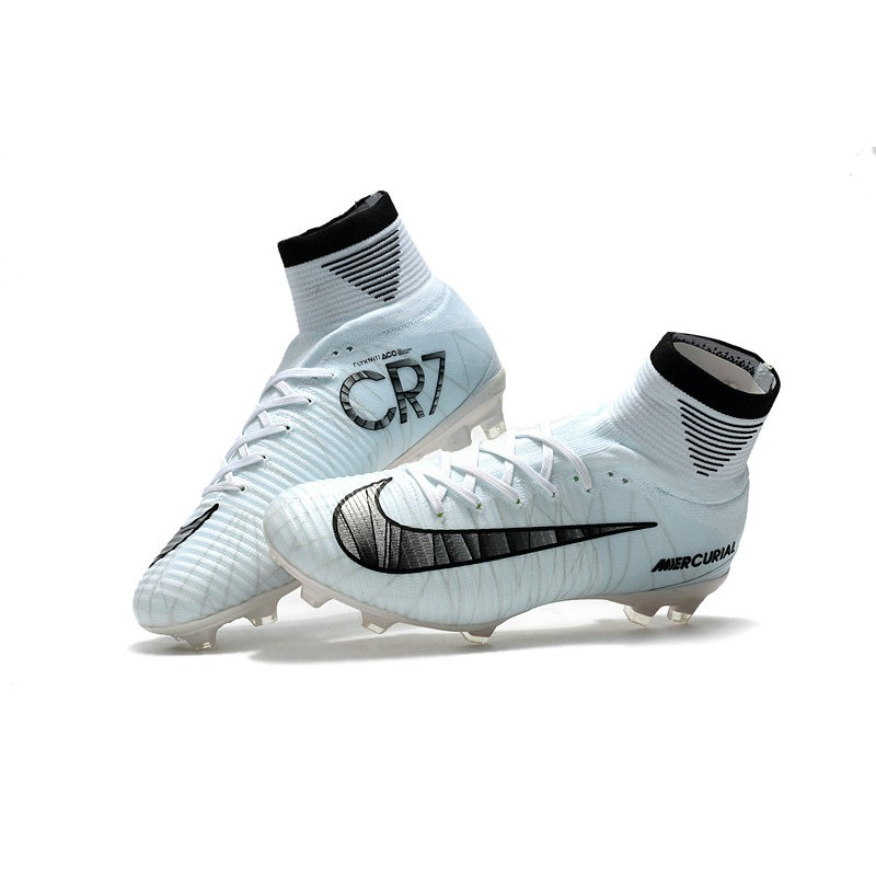 uk availability 0415f 0832b nike mercurial superfly cr7 calcetto