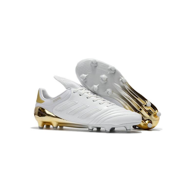 scarpe di calcetto adidas oro